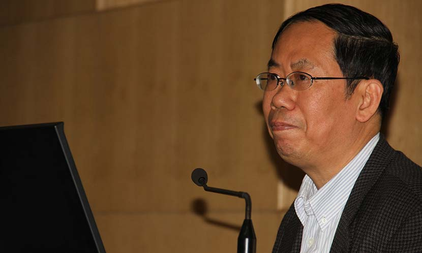 Chen Pingyuan gives a speech during a public event in Beijing, May 3, 2013. IC