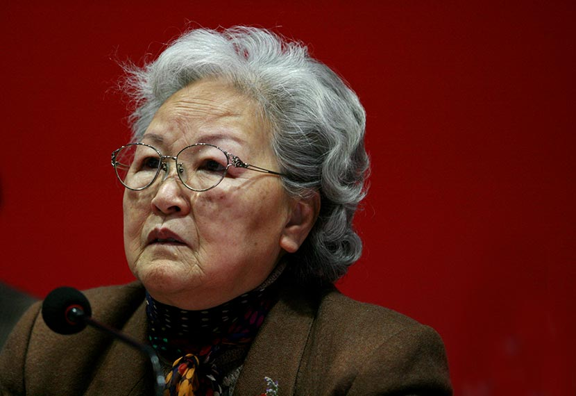 Xie Lijuan is pictured during a news conference in Shanghai, Feb. 22, 2008. Wang Haoran/Sixth Tone