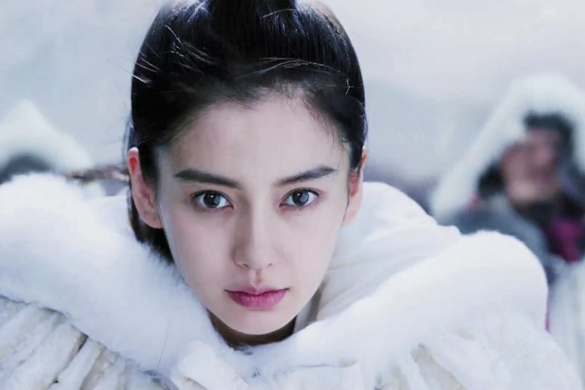 A still frame of Angelababy's character in the TV period drama 'General and I.' VCG