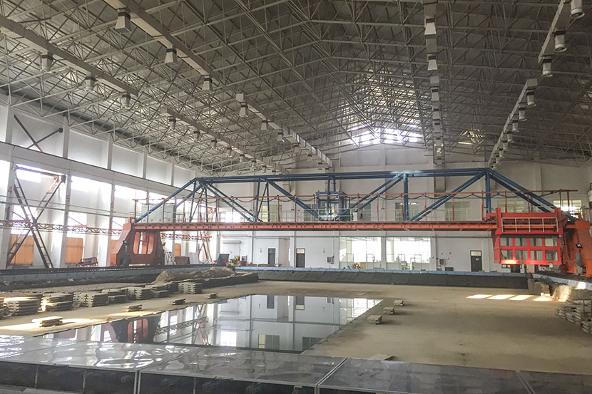 A wave pool to be used for tidal energy research is under reconstruction at the Ocean University of China in Qingdao, Shandong province, Feb. 15, 2017. Denise Hruby/Sixth Tone