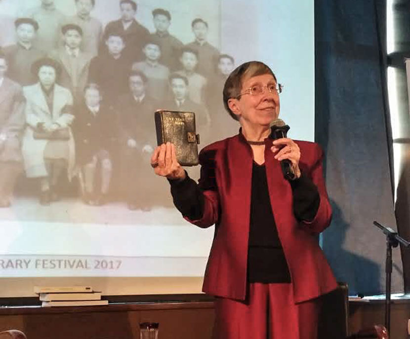 Betty Barr speaks about her mother's diary, which documents the family's experience in Lunghwa internment camp, Shanghai, March 14, 2017. Courtesy of Betty Barr