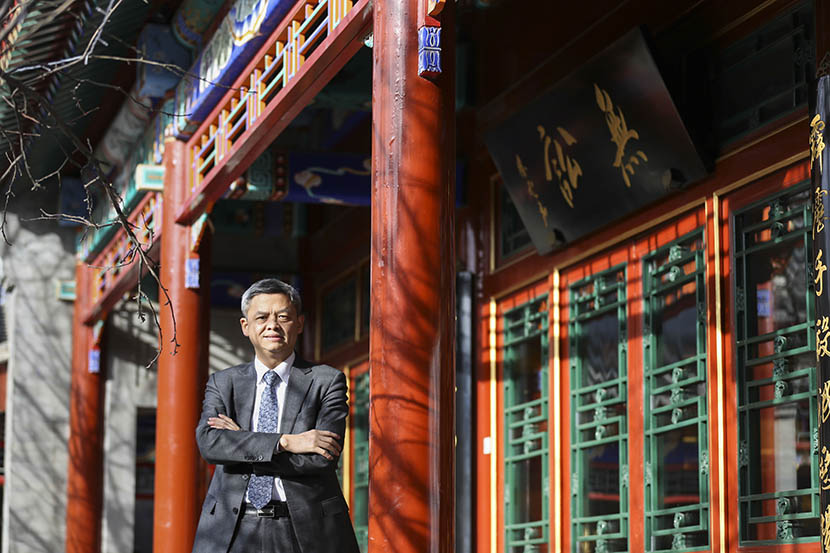 Jiang Yong, managing partner of Tiantong law firm, poses in front of his office in Beijing, Jan. 13, 2016. Li Kun/Sixth Tone