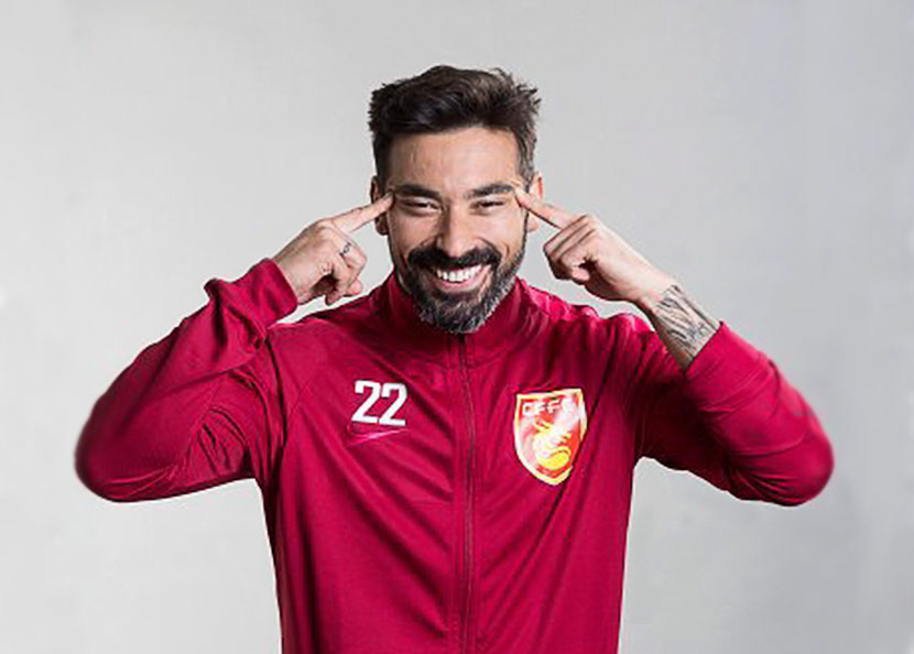 Promotional photo of Ezequiel Lavezzi, tweeted on May 12, 2017. From Twitter user 'DreyerChina'