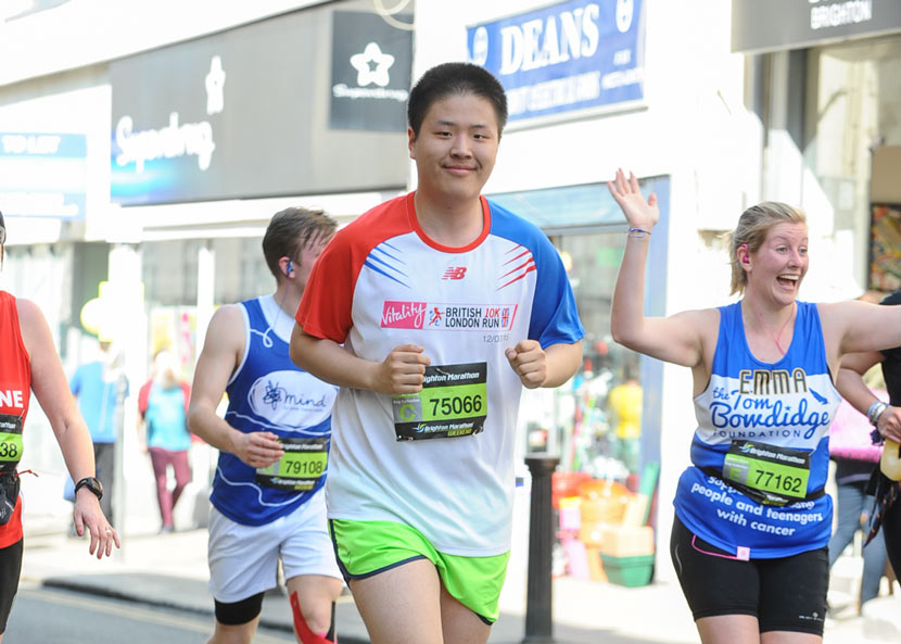 Zhang Zishi participates in the Brighton Marathon to raise money for the 'Lincs with India' charity, Brighton, U.K., April 2017. Courtesy of Zhang Zishi