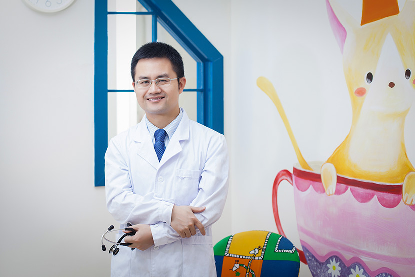 Pei Honggang poses for a photo at a private clinic in Shenzhen, Guangdong province, June 11, 2016. Courtesy of Pei Honggang