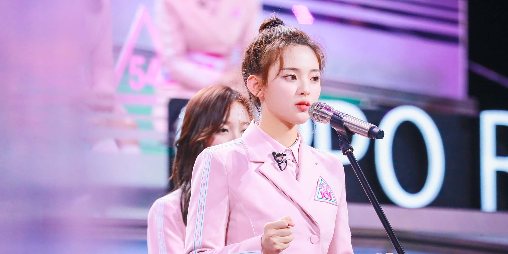 Chinese Netizens Divided Over Singing Cinderella