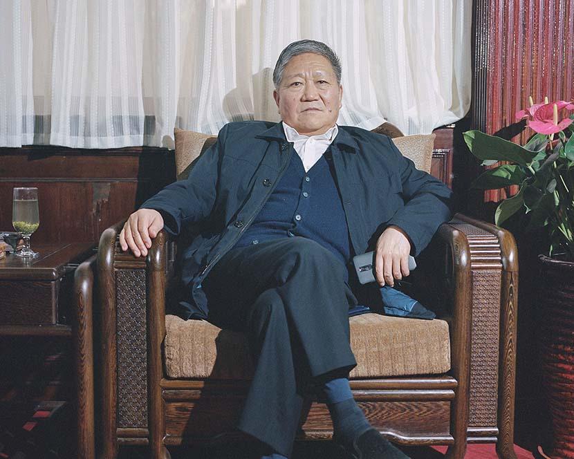 Nanjie village secretary Wang Hongbin poses for a portrait, Henan province, 2018. Shi Yangkun/Sixth Tone