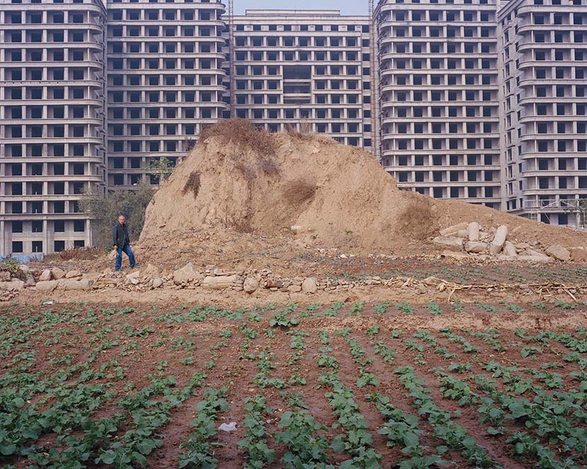 Buildings under construction in Nanjie, Henan province, 2018. Shi Yangkun/Sixth Tone