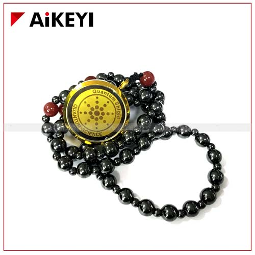 """A """"quantum energy"""" necklace that supposedly improves sleep, relieves headaches, and eliminates wrinkles after one month's use, priced at $38 by a vendor in Guangzhou, Guangdong province. From Taobao"""