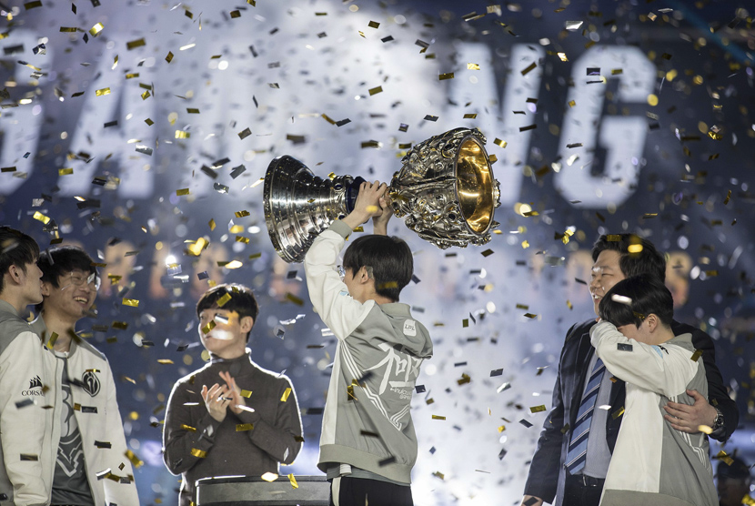 Invictus Gaming, also known as IG, wins the 2018 League of Legends World Championship in Incheon, South Korea, Nov. 3, 2018. Hannah Smith/ESPAT Media/VCG