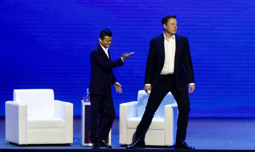 Alibaba Group Chairman Jack Ma (left) and Tesla CEO Elon Musk (right) attend the opening ceremony of the World Artificial Intelligence Conference (WAIC) in Shanghai, Aug. 29, 2019. Zhao Yun for Sixth Tone