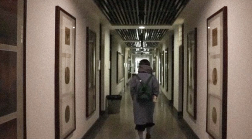 A video screenshot shows Xiao Yang walking down a hallway of a teaching building at the Central Academy of Fine Arts in Beijing, published January 2020. From @央美姚舜熙事件当事人 on Weibo