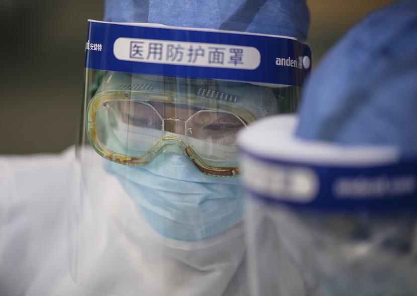 Medical workers at a hospital in Wuhan, Hubei province, Feb. 22, 2020. Xiao Yijiu/Xinhua