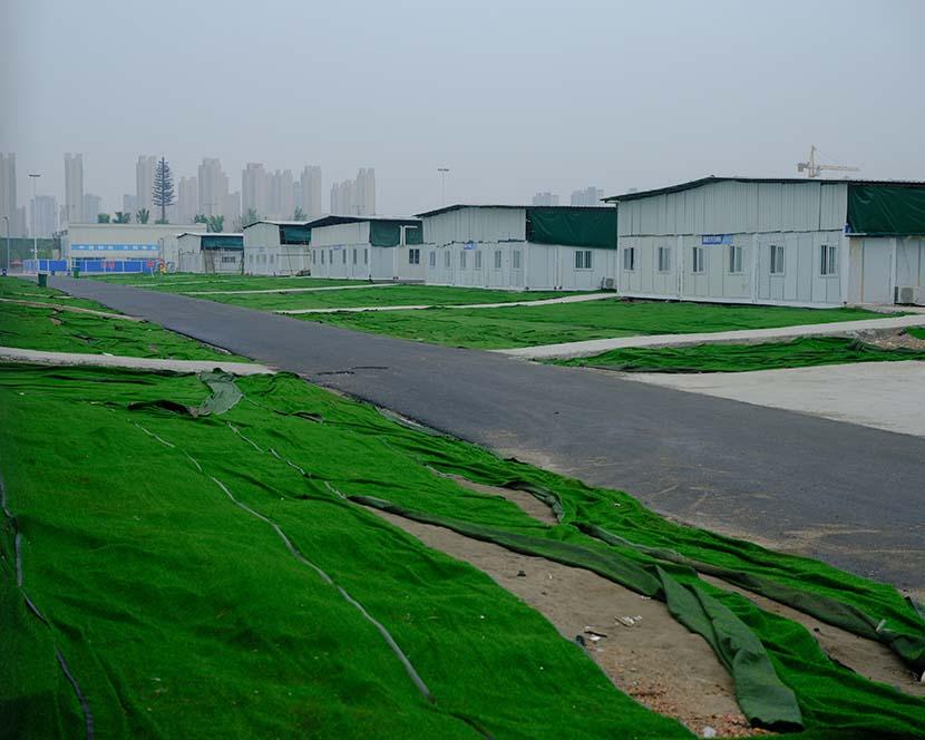 An exterior view of Leishenshan Hospital in Wuhan, Hubei province, April 10, 2020. Shi Yangkun/Sixth Tone
