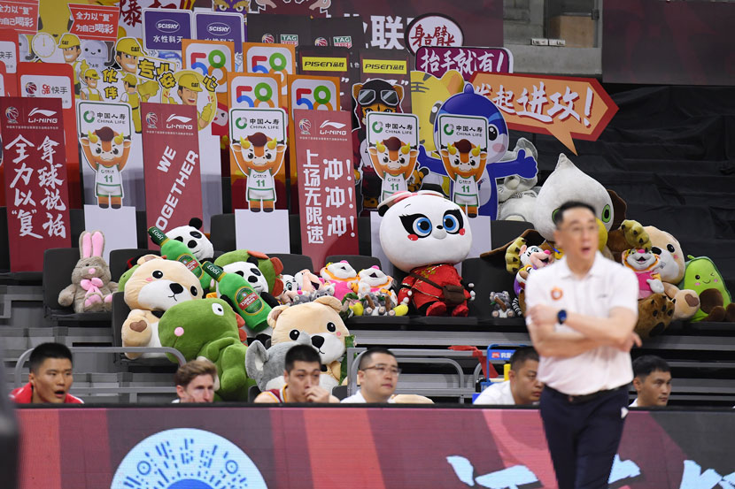 Stuffed animals occupy courtside seats on the day the Chinese Basketball Association's season resumes months after being disrupted by the coronavirus outbreak, Dongguan, Guangdong province, June 20, 2020. Liang Xu/Xinhua