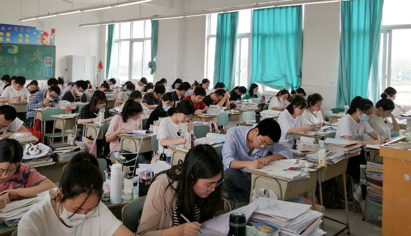Students concentrate during a weekend study session at Mianyang Nanshan Experimental High School in Mianyang, Sichuan province, June 2020. Courtesy of Sophia Yin, a student at the school