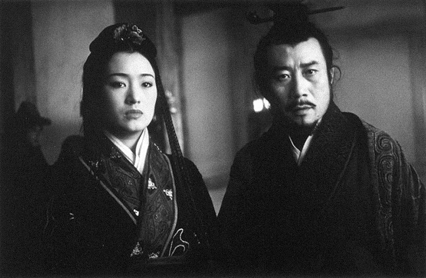 "A still from the 1998 film ""The Emperor and the Assassin"" showing Lady Zhao and Qin Shi Huang. From Douban"