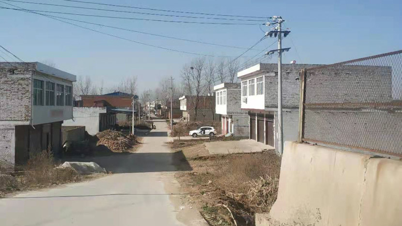 A view of the village where Han Shimei lives in Xichuan County, Henan province. Courtesy of Han Shimei