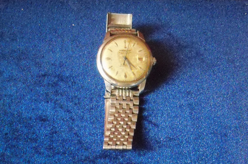 A watch Huang Baoshi sent to his son in the 1960s. Courtesy of Huang Zhuocai