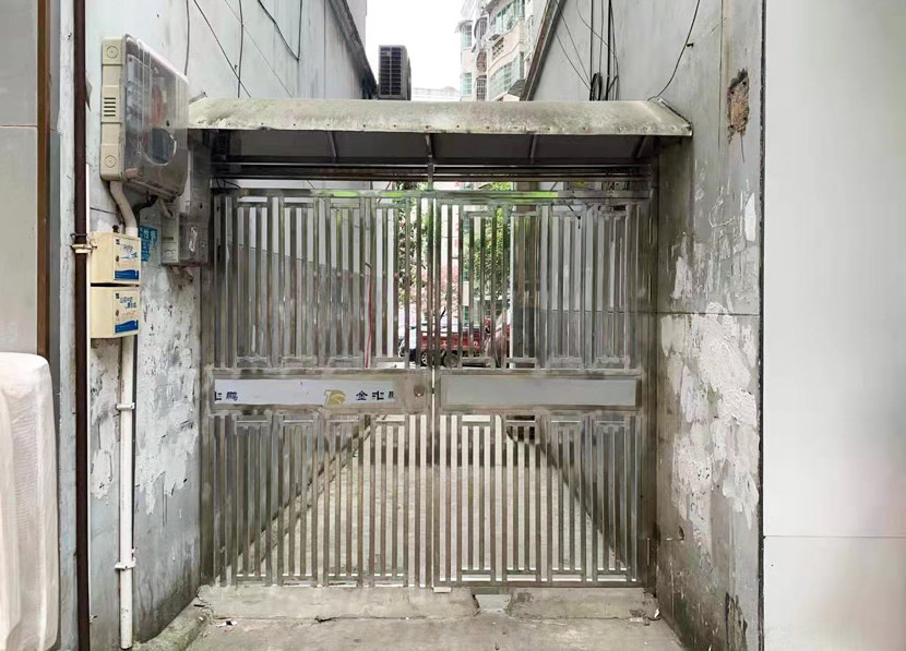 The alleyway where the knife fight happened in Guizhou province, 2021. Courtesy of Han Qian