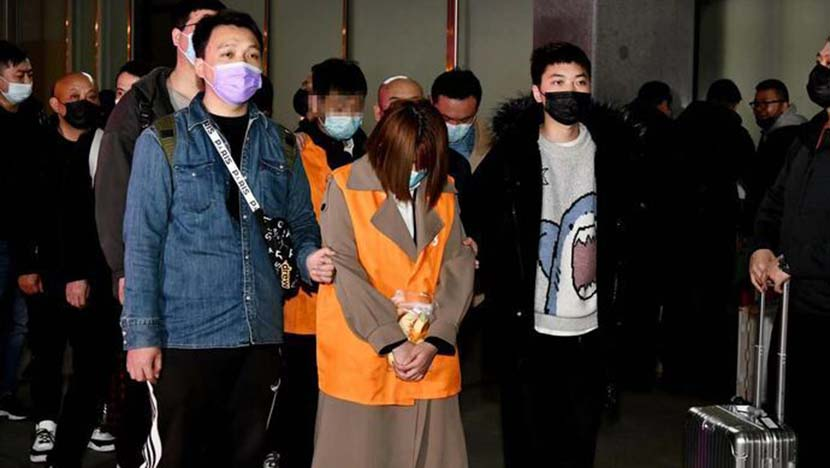 The suspects detained by police in Shanghai, 2021. From The Paper
