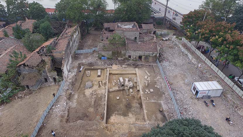 An aerial view of the burial site of China's most renowned playwright, Tang Xianzu, who lived during the 16th and 17th centuries near what is today Fuzhou, Jiangxi province. Nov. 6, 2016. VCG