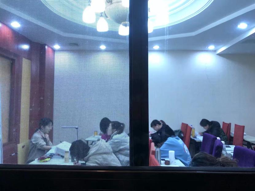 Students attend an evening class. Courtesy of Liu Xiaoyun