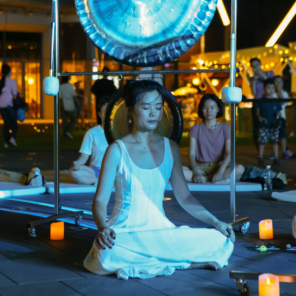 Huang Xinyi, Creative Shelter's founder, leads a mindfulness meditation class, July 30, 2021. Courtesy of Huang Xinyi