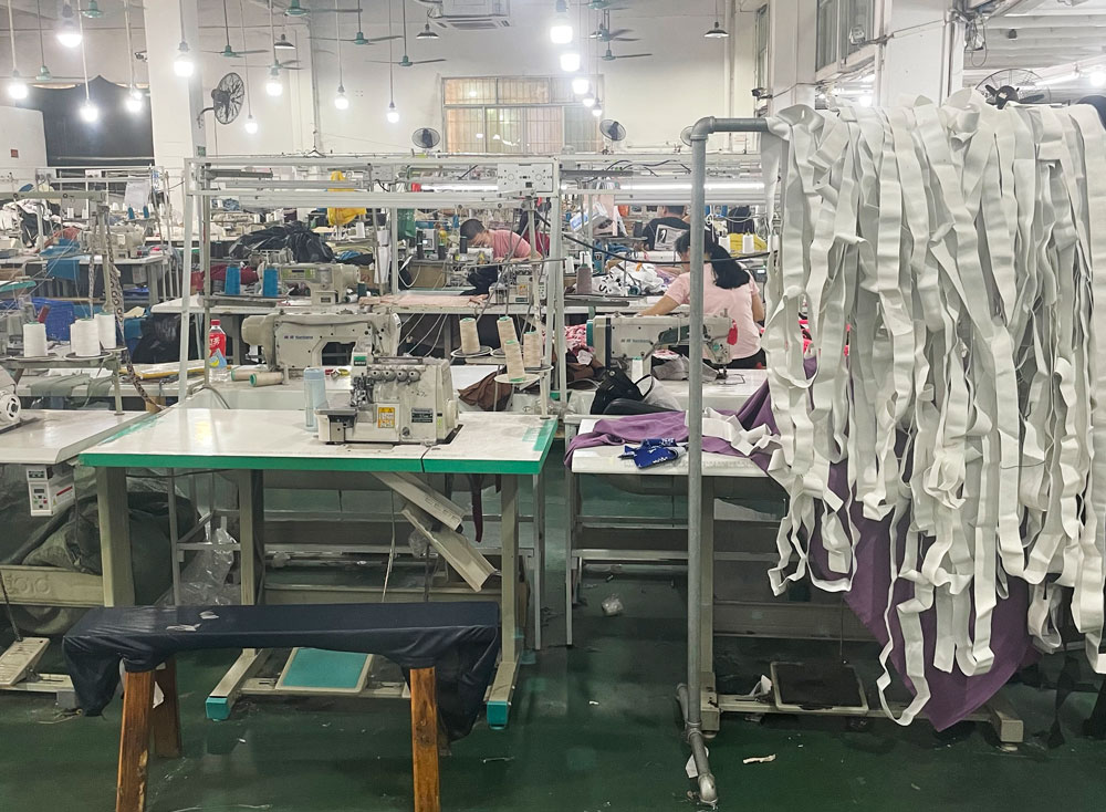 An interior view of a factory that works as Shein's direct supplier, in Guangzhou, Guangdong province, July 2021. Wu Peiyue for Sixth Tone