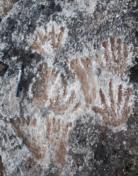 A view of the 200,000-year-old prints discovered in Tibet Autonomous Region, 2018. Courtesy of David Dian Zhang