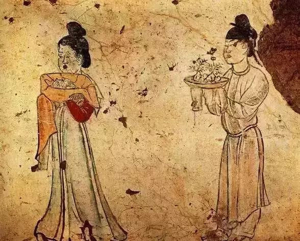 """A Tang Dynasty tomb mural shows people carrying a plate of """"crispy mountain"""" treats. Courtesy of Huang Wei"""